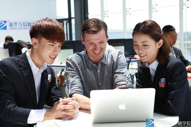 初中生学什么技术好就业?
