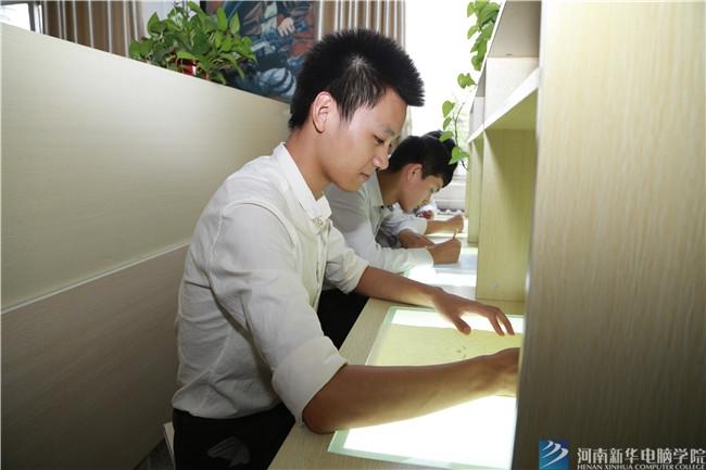河南哪个学校的平面设计专业好?